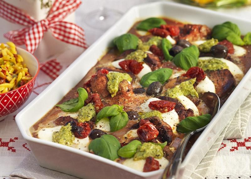 Italiensk fläskfilégratäng med mozzarella.