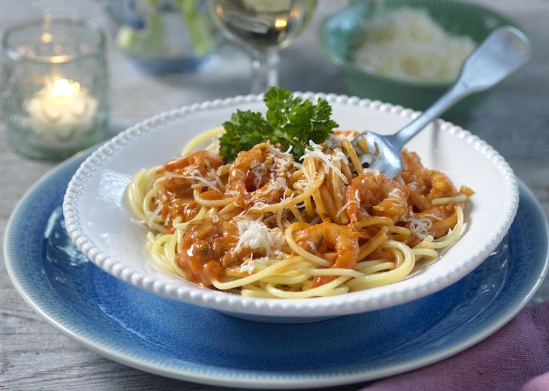 pasta med heta räkor