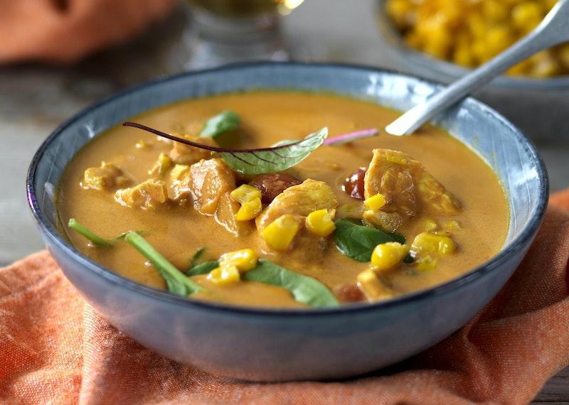 Kycklingsoppa med curry