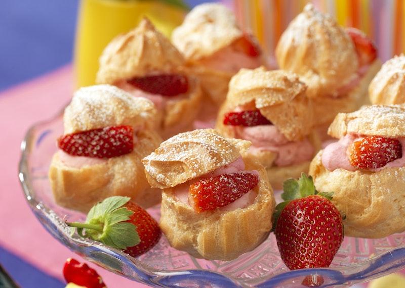Petit-chouer med jordgubbar