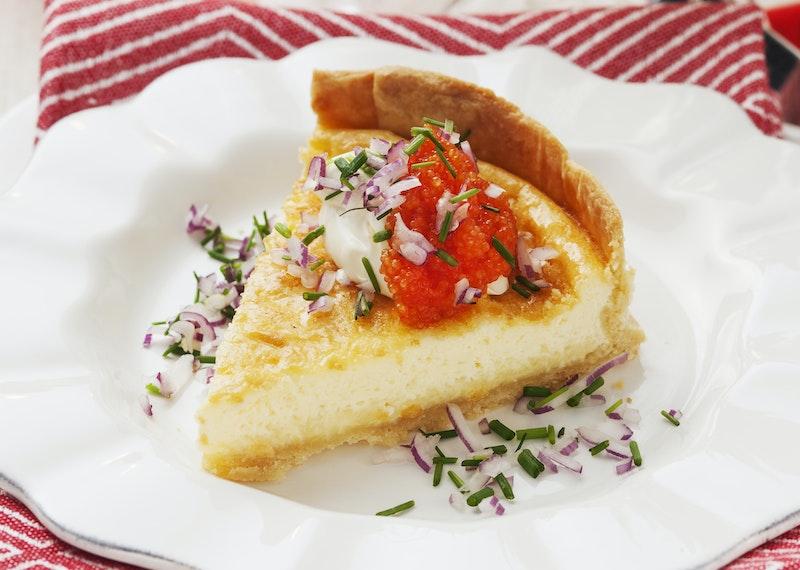Västerbottenspaj med rom och rödlök.