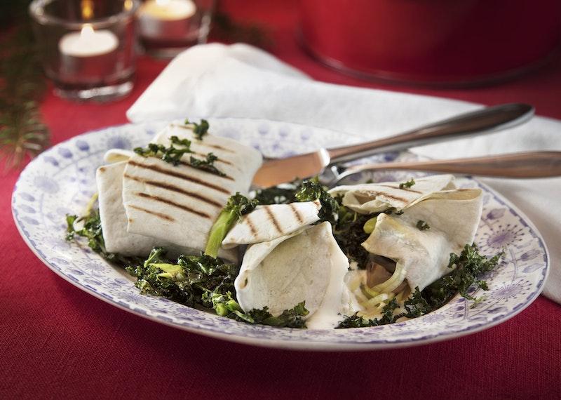 Vegetariska enchiladas med grönkål och svamp.
